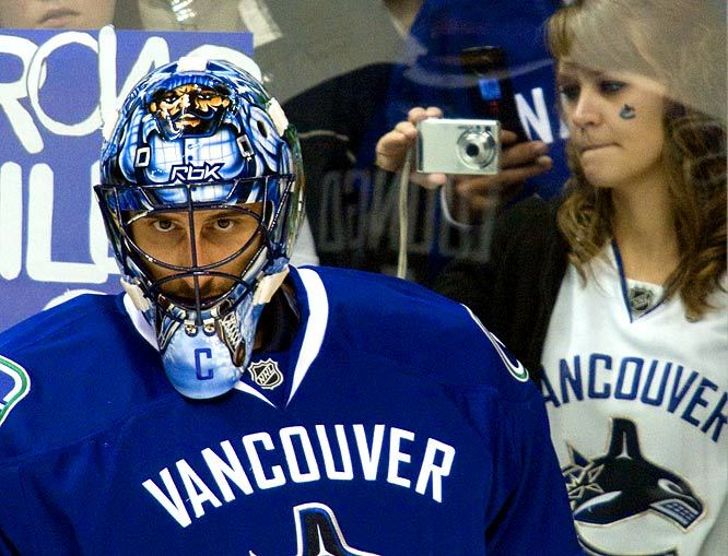 Roberto Luongo (Image via Canucks Army)