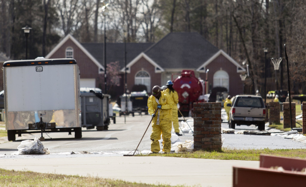 Image of the aftermath of the Mayflower oil spill via REUTERS/Jacob Slaton.