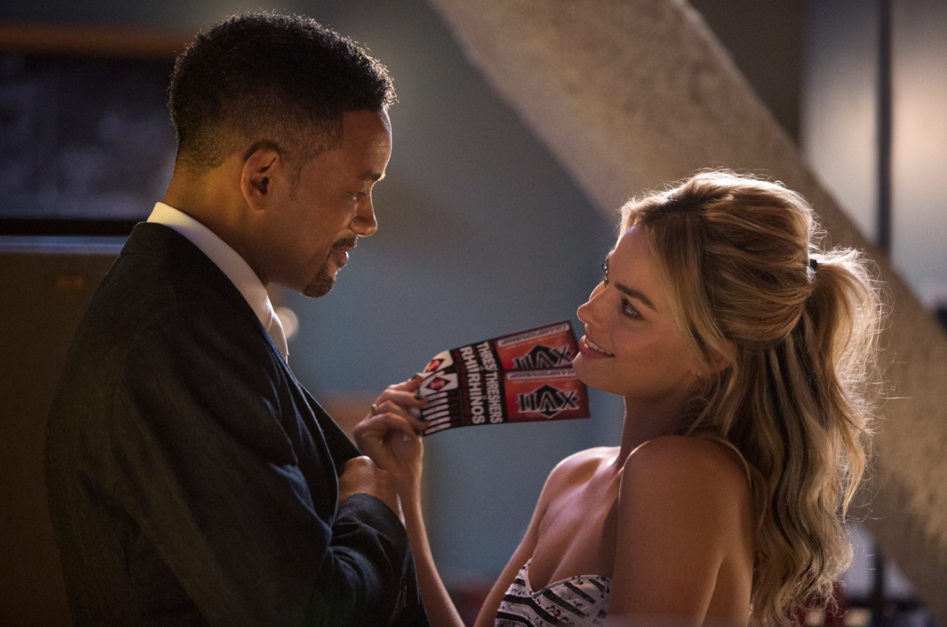 Still of Will Smith and Margot Robbie in Focus (2015); Courtesy of Warner Brothers