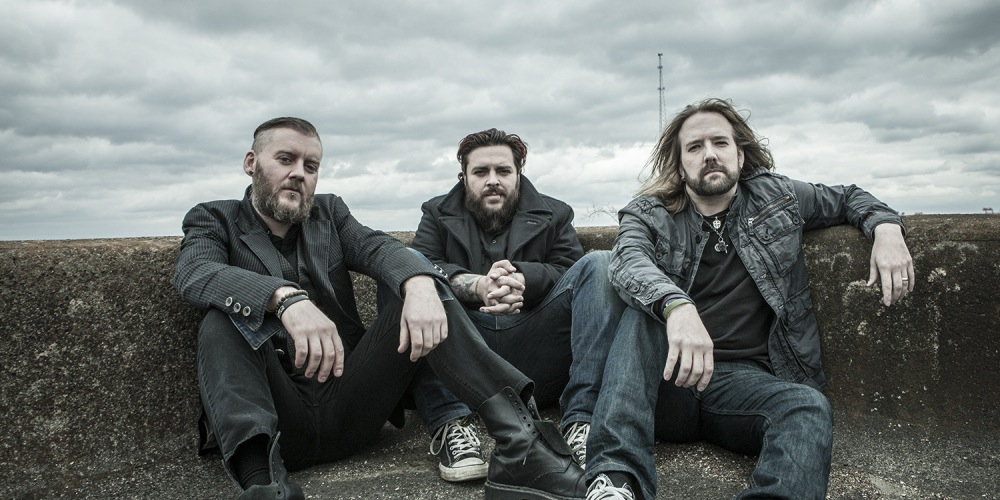 Photo of Seether via thelaseronline.com