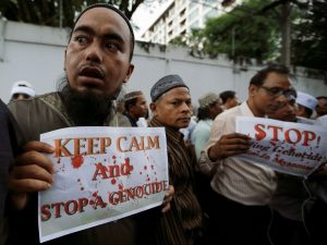 Muslims protest against what they say is Burma's crackdown on ethnic Rohingya Muslims photo by Jorge Silva