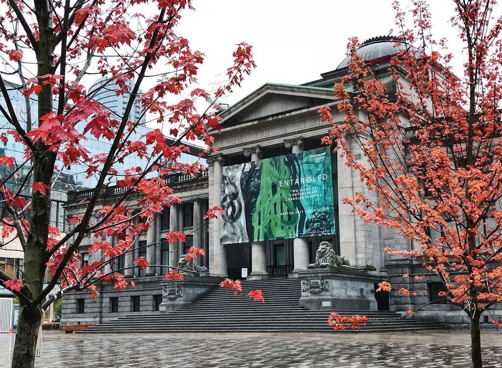 Photo of Vancouver Art Gallery by Mark Pegrum via Flickr